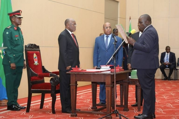 President John Magufuli swears in Doto Biteko as Minerals minister at State House in Dar es Salaam yesterday. Photo: State House